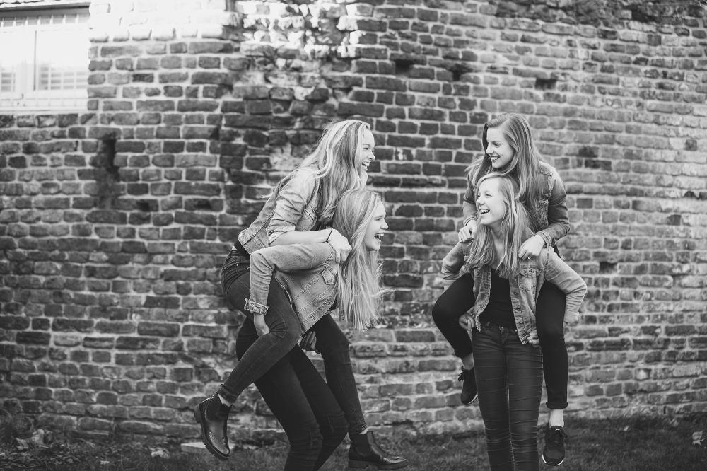 vriendinnen fotoshoot op locatie