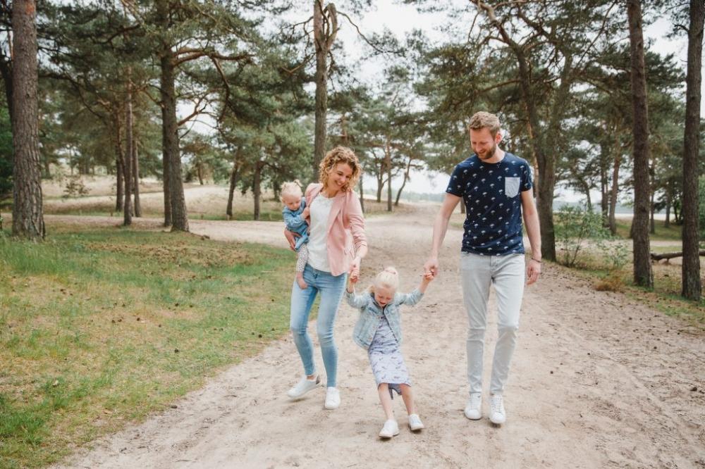 Family fotoshoot zandverstuiving Harderwijk