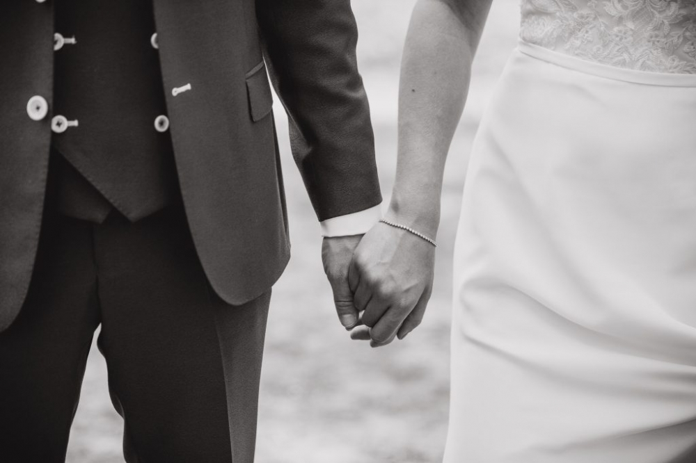 bruiloft bruidsreportage zandverstuiving