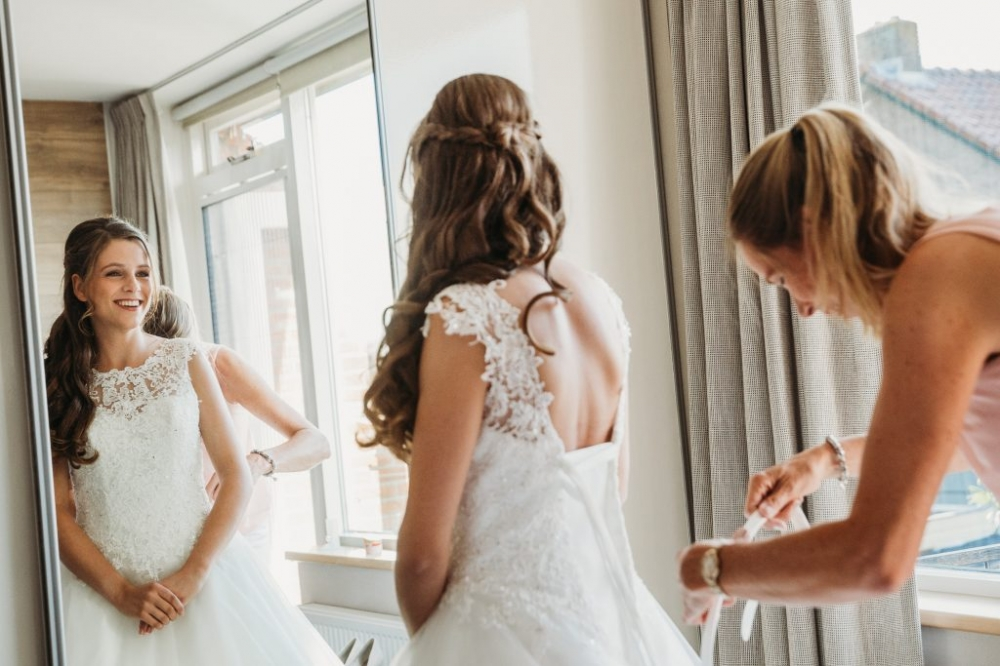 Bruidsfotograaf Harderwijk stoere trouwfoto
