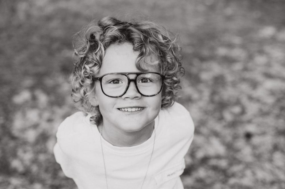 Kinder familie portret fotoshoot op locatie